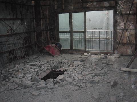 鉄骨造の解体現場へ