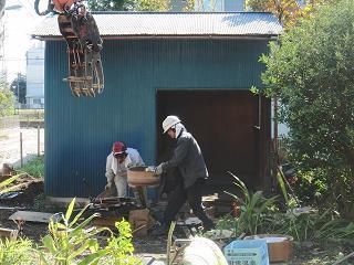 物置解体とお庭の撤去
